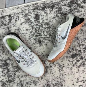Nike Metcon 4 women's training shoes